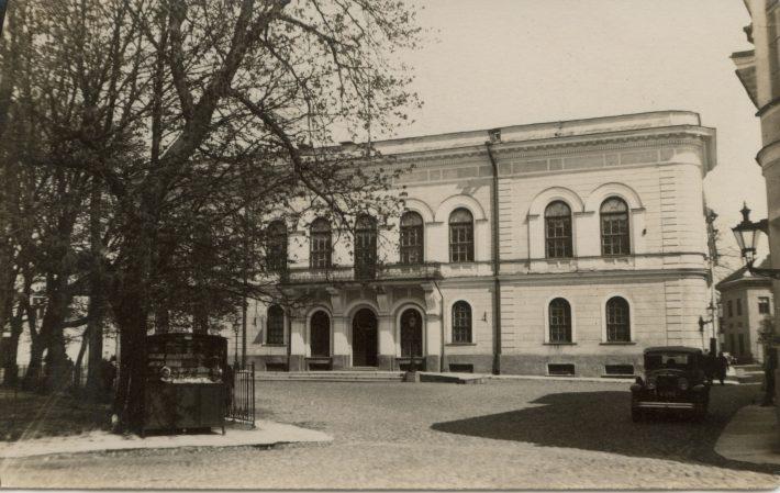 Rüütelkonna hoone Tallinnas. Aastatel 1921–1940 asus hoones Eesti Vabariigi Välisministeerium. Foto: välisministeeriumi arhiiv